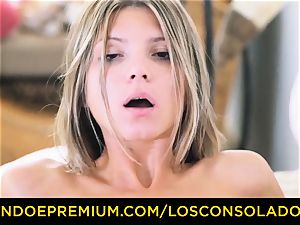 LOS CONSOLADORES - Russian Gina Gerson penetrated in FFM