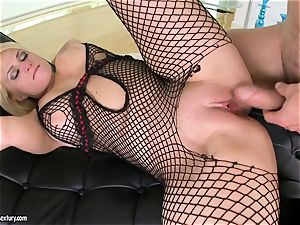 Brooklyn Bailey loves the muscular sword working rock hard to pour out on her