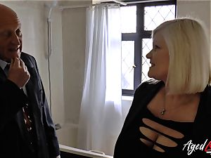 AgedLovE Lacey Starr penetrated rigid with Sales Agent