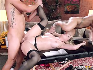 Cali Carter joins the massage fun with Cherie Deville