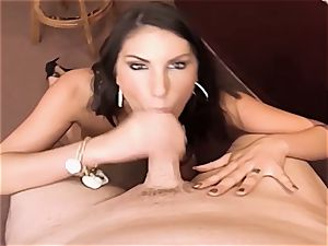 AUGUST AMES GIVE A WORLD CLASS deep throat AT THE BAR