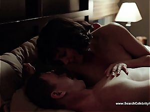 unbelievable Morena Baccarin looking spectacular bare on film