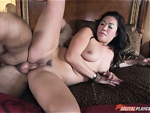 London Keyes poked in her saucy vag pudding by the anchor dude