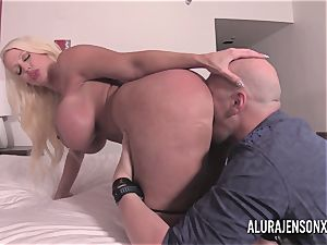 large knocker blond Alura Jenson smashing a nervous customer