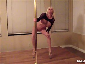 Nikita gives you a individual glamour dance & a pov blowage
