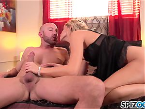 Spizoo - fantastic Jessa Rhodes is screwed by a fat fuck-stick