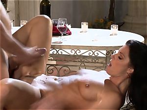 India Summers India Summers is liking the humungous jizz-shotgun pleasing her torrid cooter har