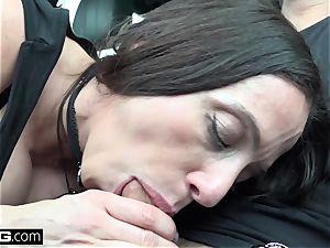 fuck Real mummies Ariella Ferrera flashes and pokes