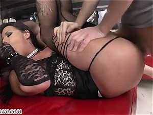 magnificent bitch in stocking bj's trio jizz-shotguns and takes them in her fuck holes