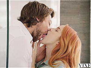 VIXEN super-steamy Spanish girl's seduction